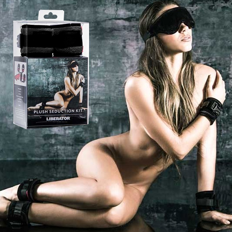 Liberator Seduction Kit Black includes 2 Wrist Cuffs. 2 Ankle Cuffs, 2 Connectors, 4 Tethers, 1 Blindfold