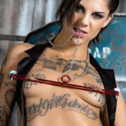 Bondage nipple traps by sexandmetal.com